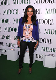 La La donned an ink blot test inspired top for the Midori Trunk Show.