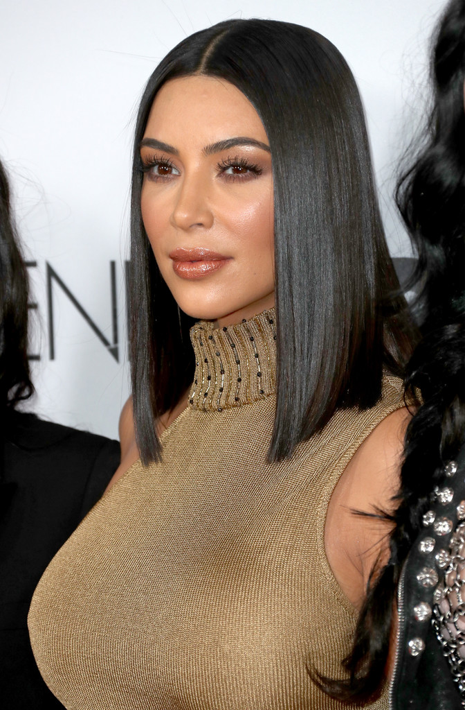 Kim Kardashian Medium Straight Cut Kim Kardashian Hair Lookbook Stylebistro
