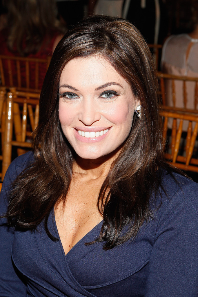Kimberly guilfoyle hair stylebistro kimberly guilfoyle styled her hair in a simple side part for the douglas hannant fashion show pmusecretfo Image collections
