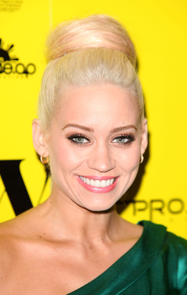 Kimberly Wyatt Classic Bun [hair,face,hairstyle,eyebrow,blond,chin,forehead,beauty,lip,yellow,kimberly wyatt,we can be anything campaign,we can be anything campaign,apl.,england,london,the westbury hotel,party,foundation,ap]