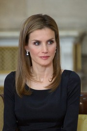 Princess Letizia wore a modern-glam layered 'do during King Juan Carlos' official abdication ceremony.