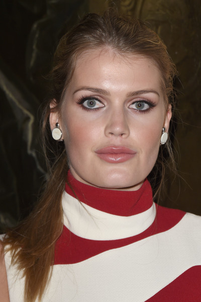 Kitty Spencer Gemstone Studs [s17 cruise collection show,hair,face,eyebrow,hairstyle,chin,lip,beauty,cheek,forehead,neck,christian dior,kitty spencer,collection,england,woodstock,blenheim palace,showcase]