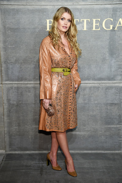 Kitty Spencer Pumps [clothing,dress,fashion,lady,fashion model,yellow,brown,hairstyle,cocktail dress,blond,winter 2018,kitty spencer,harry,diana,ny,bottega veneta,bottega veneta fall,fall winter 2018 fashion show,fashion show,wedding,lady kitty spencer,wedding of prince harry and meghan markle,princess,tatler,bulgari,image,british royal family,dolce gabbana,diana princess of wales]