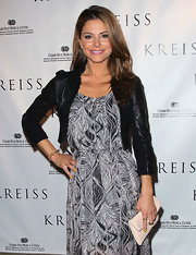 Maria Menounos' added edge to her elegant dress with this cropped jacket.