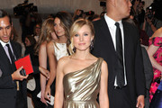Kristen Bell Glam in Metallic Tory Burch Evening Dress at the 2011 Met Gala