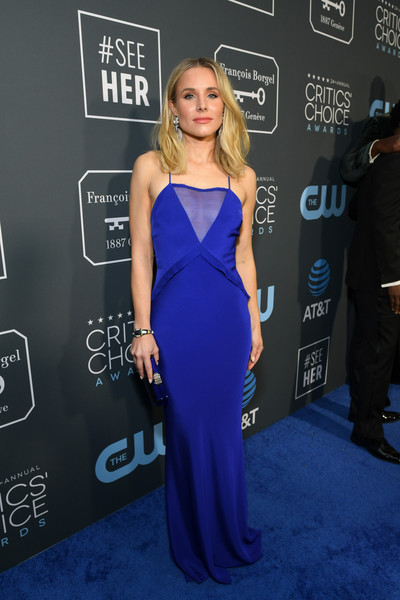 Kristen Bell Form-Fitting Dress [red carpet,dress,cobalt blue,clothing,carpet,red carpet,electric blue,shoulder,premiere,hairstyle,flooring,kristen bell,critics choice awards,santa monica,california,barker hangar]