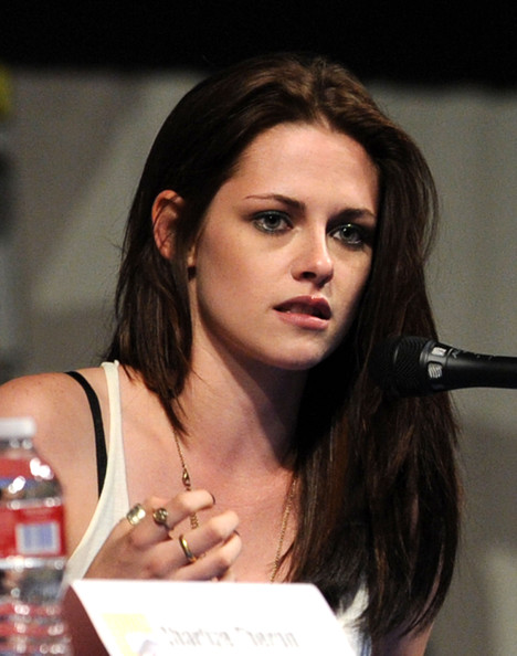Kristen Stewart Long Straight Cut