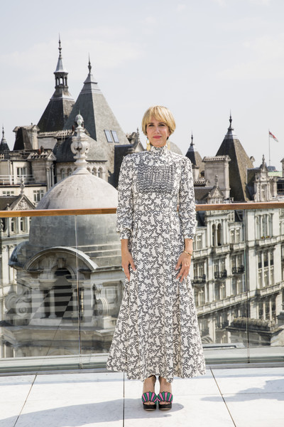 Kristen Wiig Print Dress [despicable me,despicable me 3,photograph,clothing,street fashion,fashion,dress,lady,snapshot,outerwear,shoulder,footwear,kristen wiig,photo call,corinthia hotel london,england,photo call,release]