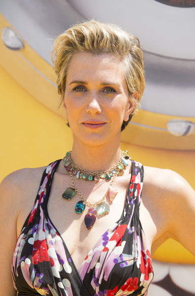 Kristen Wiig Gemstone Statement Necklace [despicable me 3,photo,hair,hairstyle,blond,lip,fashion,fashion accessory,hair coloring,bob cut,arrivals,kristen wiig,los angeles,california,universal pictures,illumination entertainment,premiere,premiere]