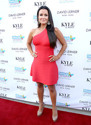 Kyle Richards sported a one-shouldered bandage dress on the red carpet.