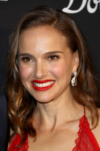 More Pics of Natalie Portman Dangling Diamond Earrings (5 of 21) - Dangle Earrings Lookbook - StyleBistro [l.a. dance project,hair,lip,face,eyebrow,hairstyle,chin,blond,beauty,red,nose,natalie portman,los angeles,california,hauser wirth,gala,annual gala - arrivals]