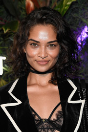 Shanina Shaik looked adorable wearing this curled-out bob at the L'Eden by Perrier-Jouet opening.