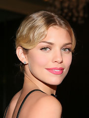 '90210' star AnnaLynne McCord showed off her retro hairstyle while hitting an L.A. event.
