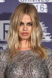 Hailey Clauson channeled Brigitte Bardot with this teased 'do at the L'Oreal Paris Blue Obsession party.