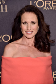 Andie MacDowell showed off luxuriant curls at the L'Oreal Paris Women of Worth celebration.