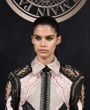 Sara Sampaio showed off an expertly done cat eye!