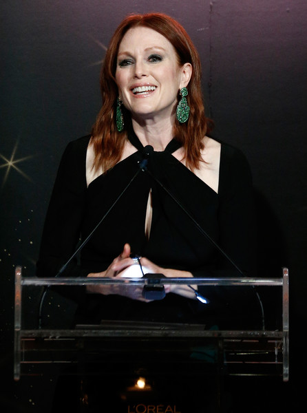 More Pics of Julianne Moore Cutout Dress (1 of 10) - Julianne Moore Lookbook - StyleBistro