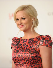 Amy Poehler wore her blond tresses in a classic bun with pretty face-framing tendrils at the 2011 LACMA Art and Film Gala.