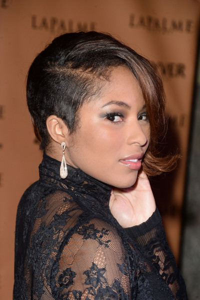 Alicia Quarles looked punky with her asymmetrical short 'do at the LAPALME Magazine Winter Soiree.