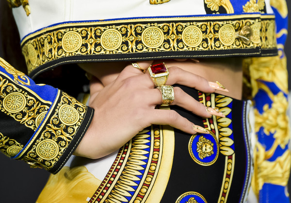 More Pics of Rosalía Statement Ring (1 of 3) - Rosalía Lookbook - StyleBistro [image,stock photography,yellow,tradition,hand,fashion accessory,jewellery,rosalia,los40 music awards,jewellery detail,photography,nail,design,room,wizink center,los40 music awards 2018,getty images,premium high,image,stock photography,photography,nail,design,los \u00e1ngeles]