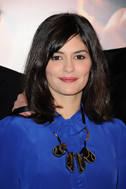 Audrey Tautou attended the Paris premiere of 'La Delicatesse' wearing her shiny raven tresses in a casual shoulder-length bob.