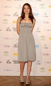 Maria Valverde looked dainty at the 'La Mula' photocall in her silver cocktail dress.