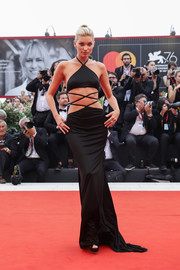 Elsa Hosk looked provocative in a black Etro gown with a strappy midriff cutout at the 2019 Venice Film Festival opening ceremony.