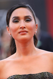 Nicole Warne swept her hair back into an elegant ponytail for the 2019 Venice Film Festival opening ceremony.