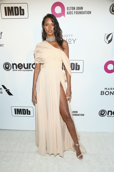 Lais Ribeiro Off-the-Shoulder Dress [shoulder,clothing,dress,fashion model,red carpet,joint,fashion,leg,hairstyle,thigh,imdb,imdb live,california,los angeles,elton john aids foundation academy awards\u00e2\u00ae viewing party,lais ribeiro]