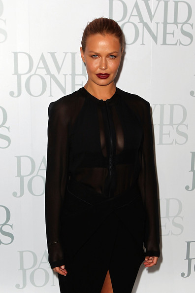 Lara Bingle Clothes