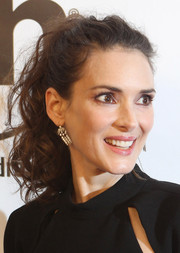 Winona Ryder looked sassy with her tousled ponytail at the premiere of 'Homefront.'