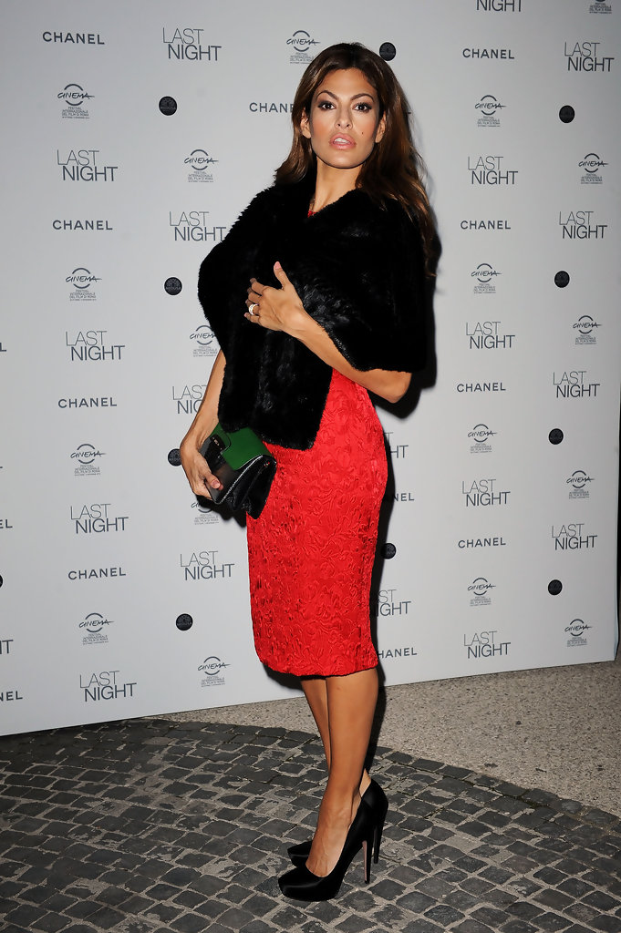 "Actress Eva Mendes attends the ""Last Night"" dinner party during The 5th International Rome Film Festival at Casina Valadier on October 28, 2010 in Rome, Italy."