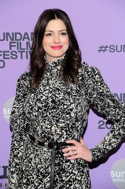 Anne Hathaway accessorized with a black croc-embossed leather belt at the premiere of 'The Last Thing He Wanted.'