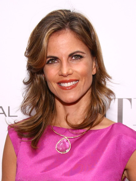 More Pics of Natalie Morales Medium Wavy Cut with Bangs (1 of 5) - Natalie Morales Lookbook - StyleBistro