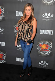 Adding a little edge to her sequin-clad look. Carmen Electra paired her look with a leather fingerless glove.