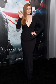 Amy Adams put on a curvy, cleavage-y display in this black Tom Ford number during the 'Batman v Superman' premiere.