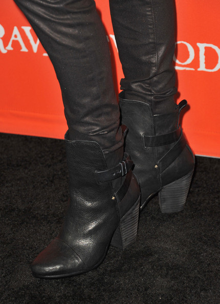 Laura Leighton Mid-Calf Boots [pretty little liars,episode,episode,footwear,shoe,boot,red,leg,high heels,knee-high boot,joint,human leg,riding boot,laura leighton,hollywood forever cemetery,california,abc family,screening,screening,halloween]
