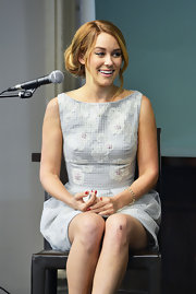Lauren Conrad signed copies of her book 'The Fame Game' wearing an 18-carat yellow gold and diamond spike bracelet.