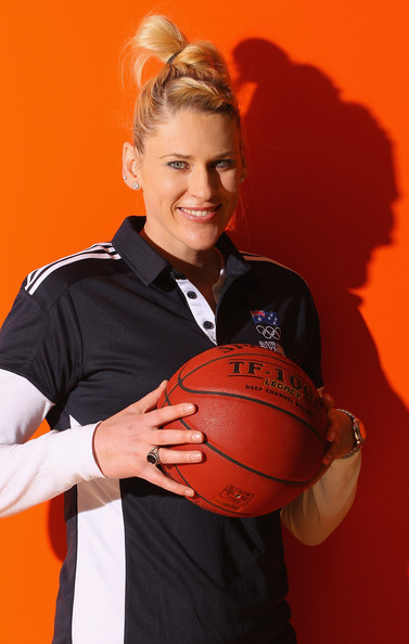 Lauren Jackson Hair Knot