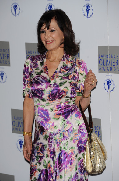 More Pics of Arlene Phillips Metallic Purse (1 of 3) - Arlene Phillips Lookbook - StyleBistro