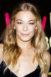 LeAnn Rimes sported a boho-chic half-up style during her album signing.