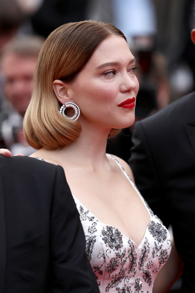 Lea Seydoux Diamond Hoops [hair,hairstyle,ear,premiere,shoulder,beauty,lady,chin,lip,long hair,une lumiere,lea seydoux,screening,une lumiere,roubaix,cannes,france,oh mercy,red carpet,the 72nd annual cannes film festival]