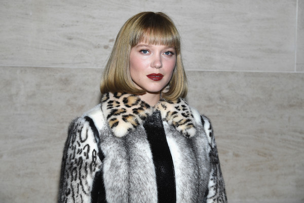 Lea Seydoux Bob [fur,fur clothing,clothing,street fashion,fashion,scarf,stole,lip,textile,outerwear,lea seydoux,front row,part,paris,france,louis vuitton,paris fashion week womenswear spring]