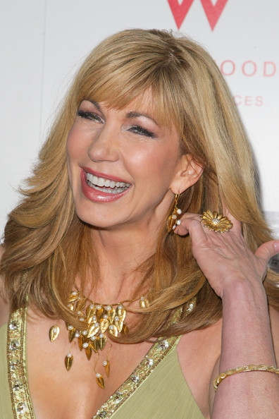 Leeza Gibbons Cocktail Ring