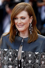 Julianne Moore wore her hair down to her shoulders in a subtly wavy style at the 2019 Cannes Film Festival screening of 'Les Miserables.'