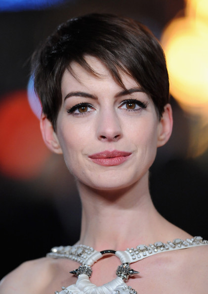 More Pics of Anne Hathaway Pixie (5 of 56) - Short Hairstyles Lookbook - StyleBistro