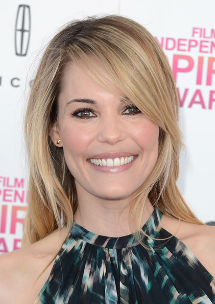 Leslie Bibb Long Straight Cut with Bangs