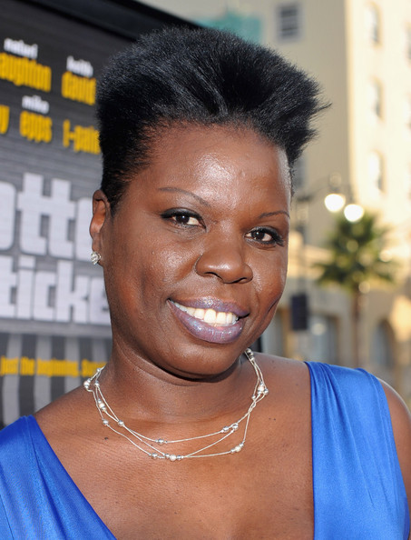 Leslie Jones Fauxhawk [hair,face,hairstyle,eyebrow,forehead,black hair,s-curl,smile,electric blue,arrivals,leslie jones,grauman,lottery ticket,california,hollywood,chinese theater,warner bros.,premiere,premiere]