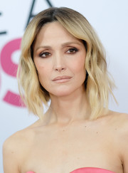 Rose Byrne framed her face with a mid-length wavy 'do for the world premiere of 'Like a Boss.'