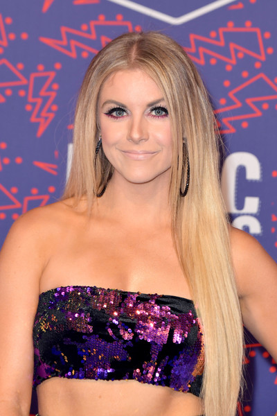 Lindsay Ell Long Straight Cut [hair,clothing,blond,premiere,beauty,long hair,brown hair,eyelash,model,arrivals,lindsay ell,cmt music awards,bridgestone arena,nashville,tennessee]